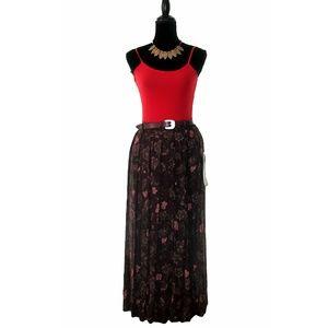 NWT Sag Harbor Floral Print Pleated Maxi Skirt